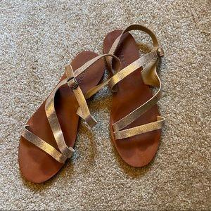 Lucky Brand rose gold sandals